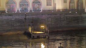 Klein Dok bij Nacht stock videobeelden