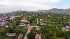 Klein dorp in Roemenië stock footage