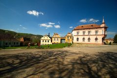 Klein dorp in Transsylvanië, Roemenië Royalty-vrije Stock Afbeelding