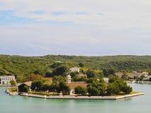 Klein Eiland in Mahon op Minorca Stock Afbeelding