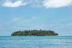 Klein eiland van de kust van Tongatapu-eiland in Tonga Stock Foto's