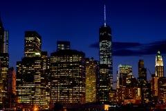 Klein gedeelte van de Horizon van Lager Manhattan bij nacht Stock Afbeelding