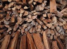 Klein holzt Holz für Brennholz im Einheimischen von Thailand ab Lizenzfreie Stockbilder