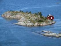 Klein huis op eiland Royalty-vrije Stock Fotografie