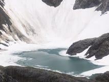 Klein Ijzig Meer dichtbij Mendenhall-Gletsjer, Alaska stock fotografie