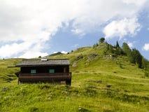 Klein plattelandshuisje Stock Foto's