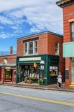 Klein-Shopfront Stockbilder
