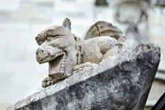 Klein steenbeeldhouwwerk Hersenschimgargouille, draak of knuppel royalty-vrije stock afbeelding