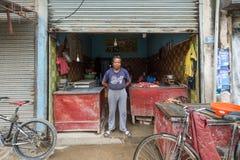 Kleine bedrijfseigenaar in Katmandu royalty-vrije stock afbeeldingen