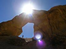 Kleine Boog, de Rum JORDANIË van de Wadi Stock Fotografie