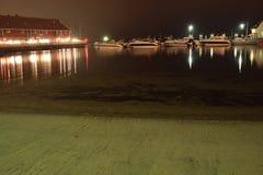 Kleine boten bij de haven Stock Foto's