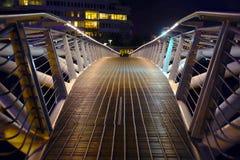 Kleine Brücke im olympischen Dorf Stockfotos