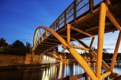 Kleine brug op Brda-Rivier in Bydgoszcz Royalty-vrije Stock Afbeelding