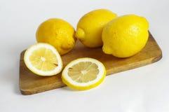 Kleine citroenen Royalty-vrije Stock Afbeeldingen
