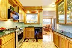 Kleine comfortabele keuken Royalty-vrije Stock Fotografie