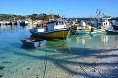 Kleine Dalcahue-Haven op Chiloe-eiland, Chili royalty-vrije stock foto