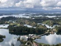Kleine eilanden en overweldigende mening royalty-vrije stock afbeeldingen