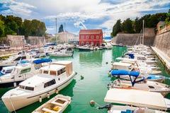Kleine Fosa-baai in Zadar Royalty-vrije Stock Afbeeldingen