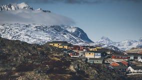 Kleine gekleurde huizen Nuuk, Groenland Mei 2014 Stock Foto