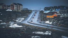 Kleine gekleurde huizen Nuuk, Groenland Mei 2014 Stock Afbeelding