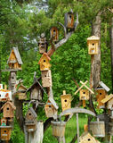 Kleine Häuser für Vögel lizenzfreie stockfotos