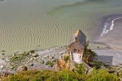 Kleine Häuser von Mont Saint Michel Stockfotos