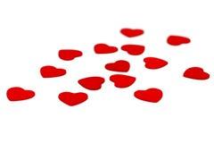 Kleine hölzerne Herzen lokalisiert auf Weiß Lizenzfreies Stockbild