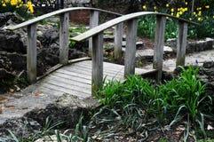 Kleine houten brug Royalty-vrije Stock Afbeeldingen