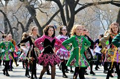 Kleine irische Tänzer stockfotografie