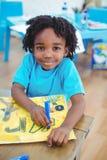 Kleine jongen die een beeld trekken Royalty-vrije Stock Afbeelding
