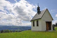 Kleine Kapelle im Allgäu Stockbilder