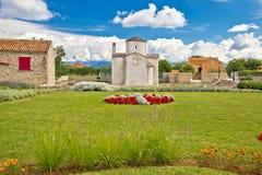 Kleine Kathedrale in der Stadt von Nin Stockfoto