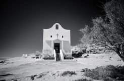 Kleine katholieke kerk dichtbij Azure Window, Gozo-Eiland, Malta royalty-vrije stock foto