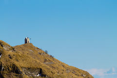 Kleine Kirche auf eine Spitze Italienische Alpen Lizenzfreies Stockfoto