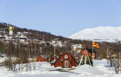 Kleine Kirche an Hemavan-Skiort in Schweden. Stockbild