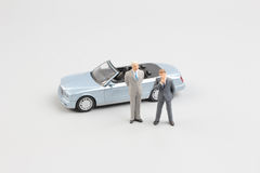 Kleine Kleinbetriebzahl mit Auto Lizenzfreie Stockfotografie