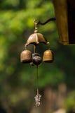 Kleine klokken in de tempel, Thailand stock fotografie