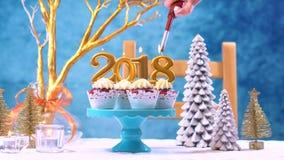 Kleine Kuchen des guten Rutsch ins Neue Jahr 2018 Stockfotografie