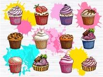 Kleine Kuchen vector den lokalisierten Satz Bunte Kuchensammlung Lizenzfreie Stockfotografie
