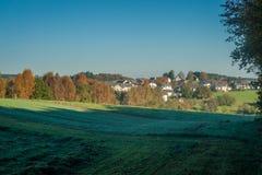 Kleine ländliche Gemeinde - Deutschland Stockfotografie