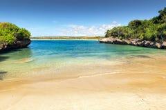 Kleine lagune met wit zand, Bali, Indonesië Royalty-vrije Stock Afbeeldingen