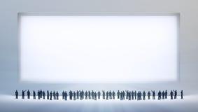 Kleine Leute, die ein leeres betrachten Lizenzfreies Stockfoto