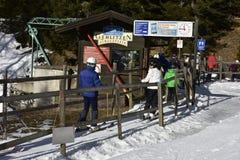 Kleine Liftpost in Gerlitzen Ski Resort, Oostenrijk Royalty-vrije Stock Afbeeldingen