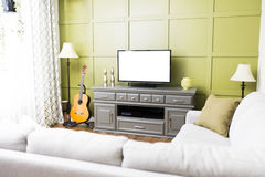 Kleine moderne woonkamer stock foto. Afbeelding bestaande uit modern ...