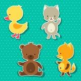 Kleine nette Babykatzen-, -bärn-, -fuchs- und -entenaufkleber Stockfotografie