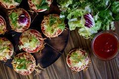 Kleine Pizzas Stockfotografie