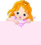 Kleine Prinzessin über leerem Zeichen Stockfotos