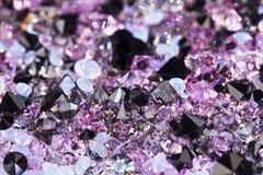 Kleine purpurrote Edelsteinsteine Stockbild