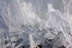 Kleine rechteckige Klumpen des Eises Stockfoto