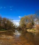 Kleine rivier meandre Royalty-vrije Stock Foto's